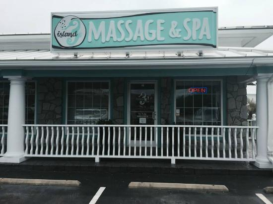 ‪Island Massage & Spa‬