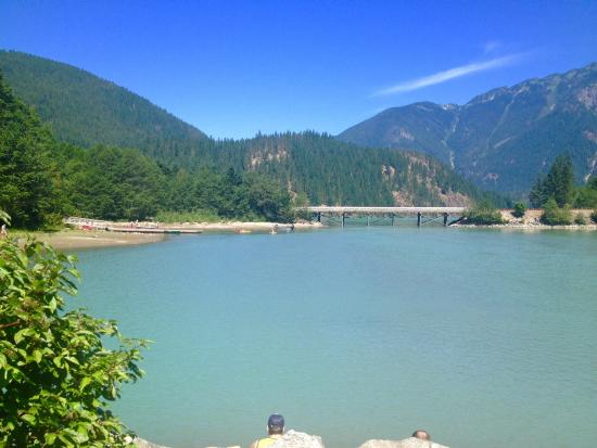 Colonial Creek Campground - Stehekin Valley Trail: Some campsites are  right on the lake! ( walk in)