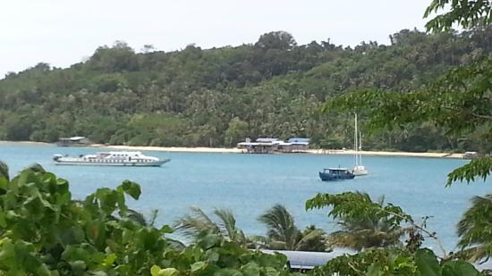 Kudat Division, Malezja: View out from the Banggi Ferry Terminal