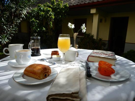 Lorenzo Guest House: Petit Déjeuner!