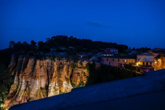 Le Clos de la Glycine : view from terrace