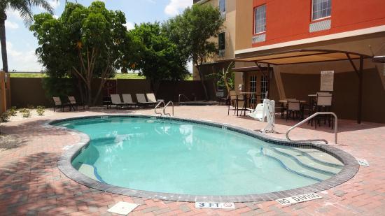 Comfort Inn Amp Suites Updated 2017 Hotel Reviews Amp Price