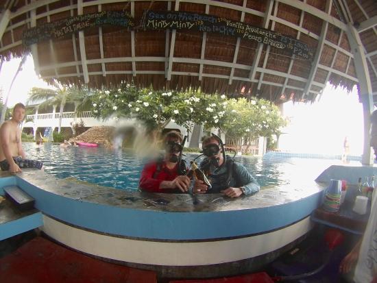 Phangan International Diving School : To being a certified open water scuba diver