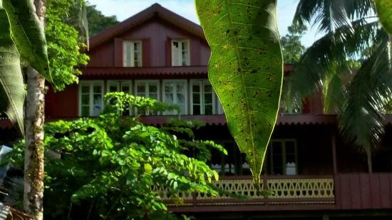les nouvelles couleurs de la maison photo de ecolodge la maison de la nature moorea. Black Bedroom Furniture Sets. Home Design Ideas