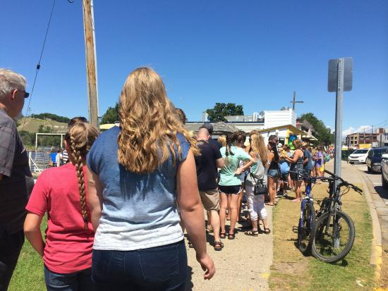 Pronto Pup: The loooong line but it moves pretty fast