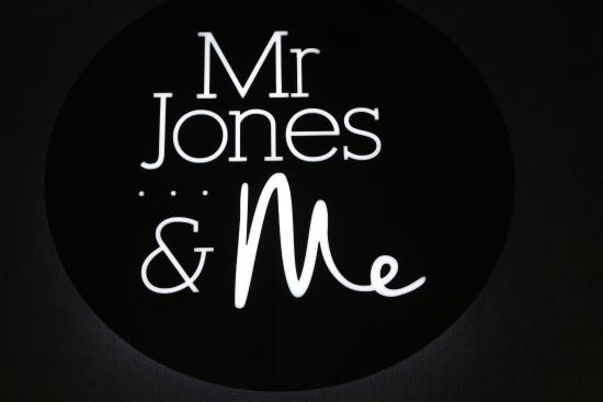 mr jones Mr jones is an iguana and the (former) secondary antagonist-turned anti-villain of the 2013 halloween television special, toy story of terror he was voiced by dee bradley baker.