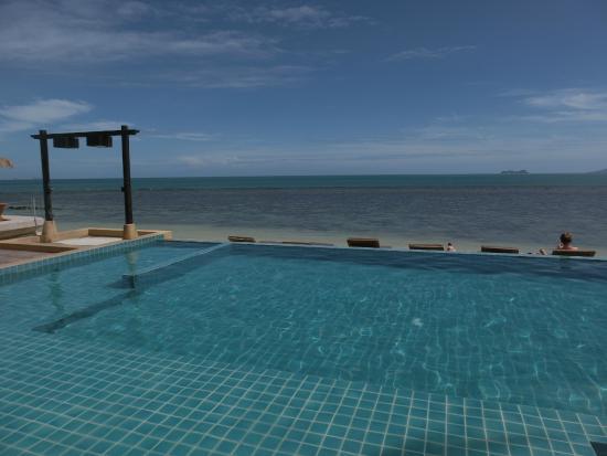 Mimosa Resort & Spa: public pool