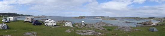 Fionnphort, UK: View of shoreline pitches