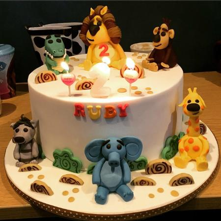 Amazing RaRa the Lion Birthday Cake Picture of CakeTin