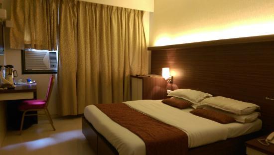Sai Sandhya Hotel