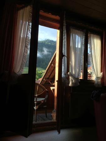 Boltigen, Suíça: Zimmer mit Balkon