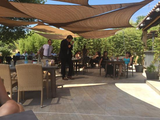 Terrasse ombragée - Picture of Aspen Country Club Restaurant, Grasse ...