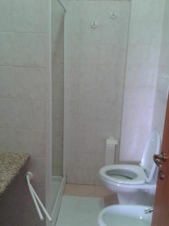 Arra Camere : Bagno con cabina doccia