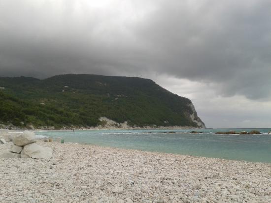 Arra Camere : Il Conero è bello anche con il brutto tempo!
