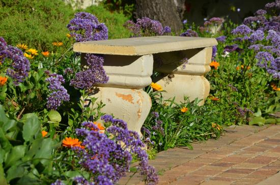 Stellendal Guesthouse: Old bench
