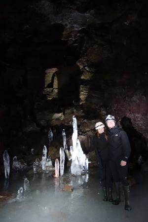 Akureyri, Iceland: icey ice cave!