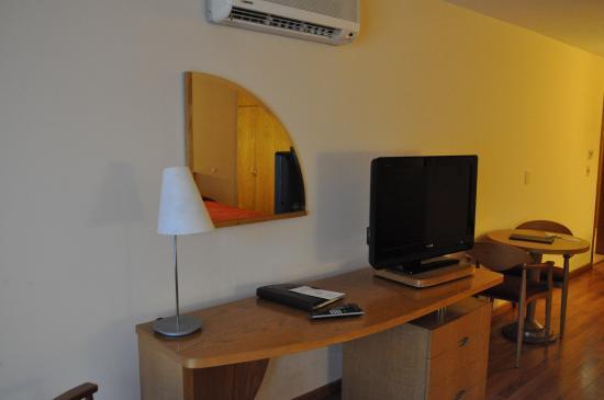 Armon Suites Hotel: Aspecto do quarto do hotel