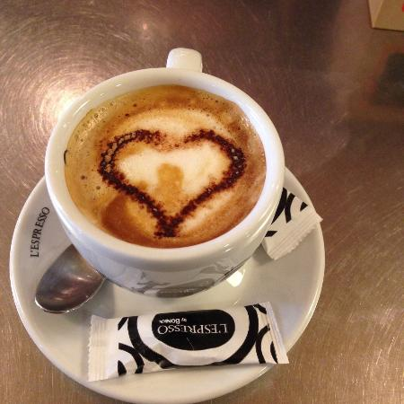 Cafe & Apat