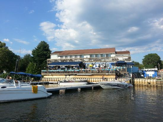 Nauti Goose: View of restaurant from the dock