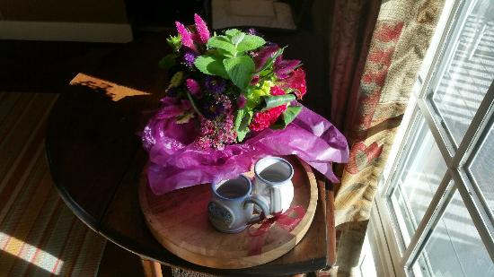 Sugar Hill Inn: Fresh Flowers!