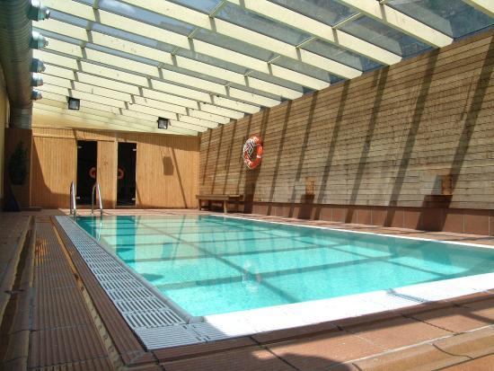 Magic la massana hotel andorre voir les tarifs 11 for Piscine andorre