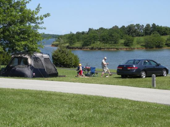 Smithville Lake Drive Right Up To Your Campsite