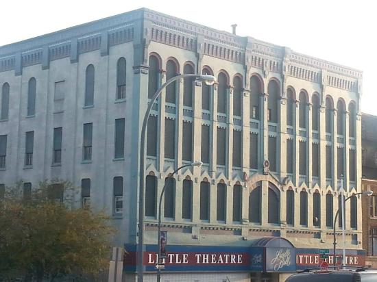 ‪Lucille Ball Little Theatre‬