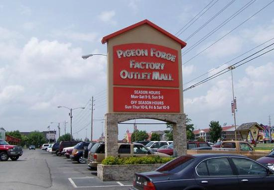 Pigeon Forge Factory Outlet