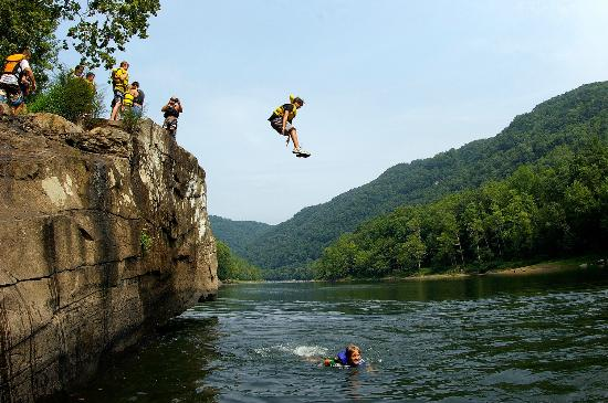 ACE Adventure Resort: Jump Rock on the New River