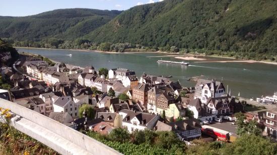 Hotel Rheinstein : Rhine looking South