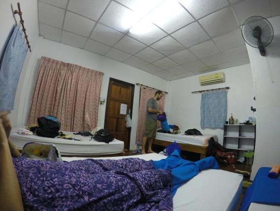 Thai Dee Garden Resort: Inside