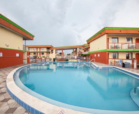 Roomba Inn Suites 55 6 2 Updated 2018 Prices Motel Reviews Daytona Beach Fl Tripadvisor