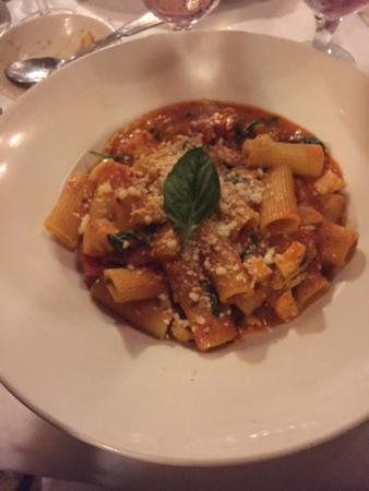 Giuseppe's Cucina Italiana: Lekkere pasta, alleen een beetje veel knoflook!