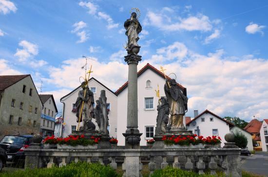 Stamsried, Germany: Mariensäule