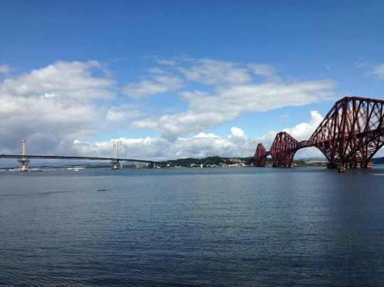 Innkeeper's Lodge Edinburgh, South Queensferry : Forth Bridge