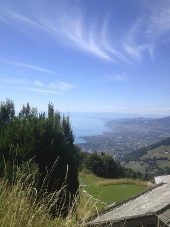 Caux, İsviçre: Vue panoramique depuis la terrasse de l'hôtel-restaurant