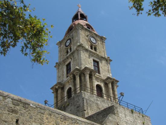 Önünde - Picture of Roloi Clock Tower, Rhodes Town ...