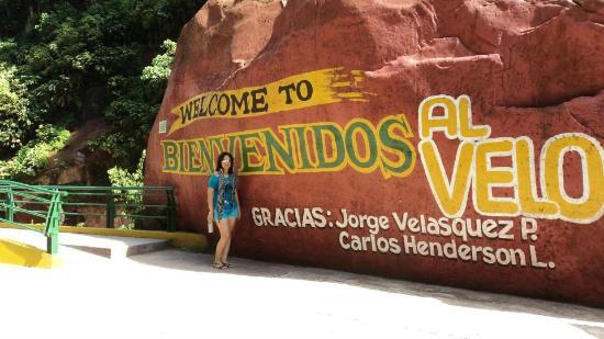 e0e885701 Entrada al Velo de la Novia - Picture of El Velo de la Novia ...