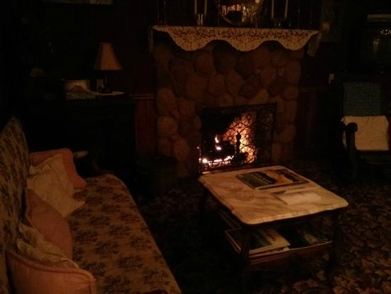 Prospect, OR: Living room