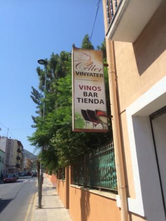 Celler El Vinyater