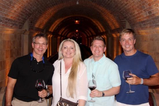 Rutherford, Califórnia: friends don't let friends drink bad wine