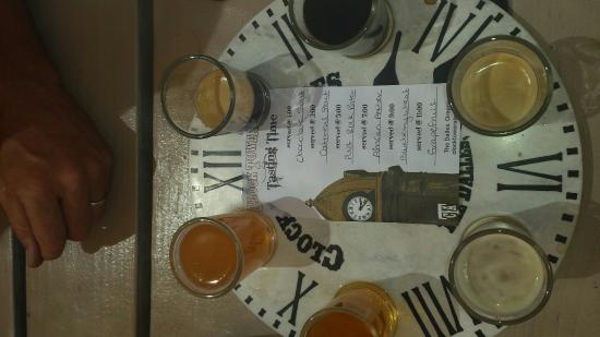 Clock Tower Ales: Awesome ales, service and food!