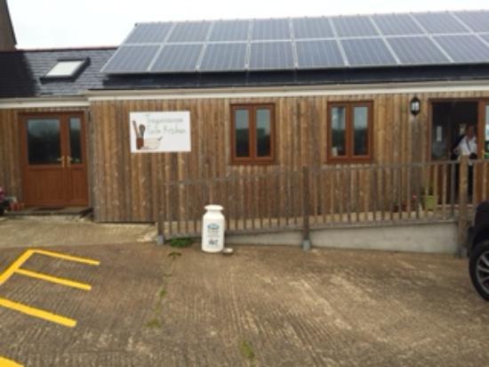 The farm house - Picture of Tregairewoon Farm Kitchen, Portscatho ...