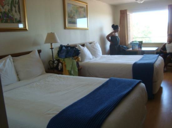Knights Inn Crockett: Room not worth $100