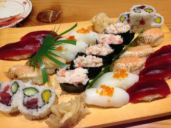 Nihonkai Asakusa: 寿司