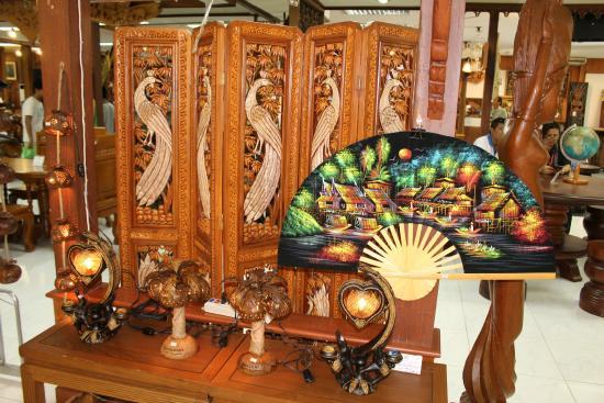 Royal Thai Handicraft Center Company