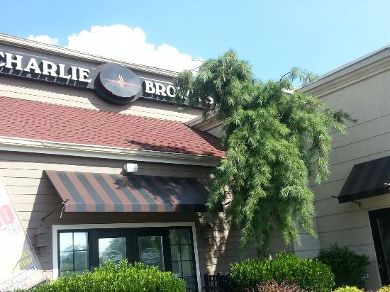 Nov 28,  · Charlie Brown's Steakhouse in Tom's River, New Jersey, serves the finest hand-trimmed USDA Choice steaks and a variety of other family-friendly entrées in a casual, energetic setting that is perfect for a weeknight or aqui-tarjetas.mle: Steakhouse.