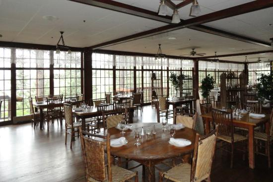 The View Restaurant at the Historic Crags Lodge: A daytime view of the restaurant.