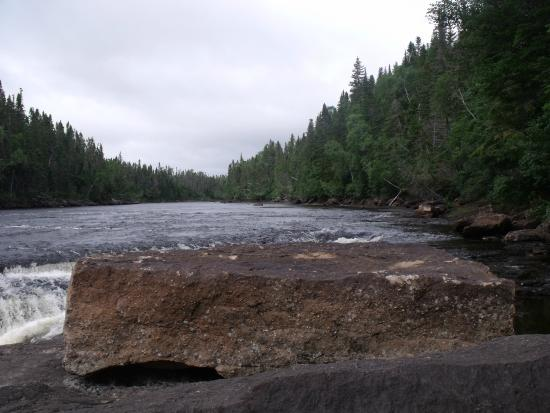 Sir Richards Squires Memorial Provincial Park: Big Falls