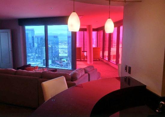 Elara By Hilton Grand Vacations Pink Living Room Red Windows